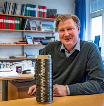 Energy can be stored in carbon fibre vehicle bodies